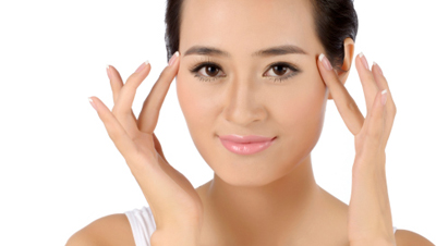 5-Exercises-for-a-Firmer-Face-and-Neck_MarniAndrews